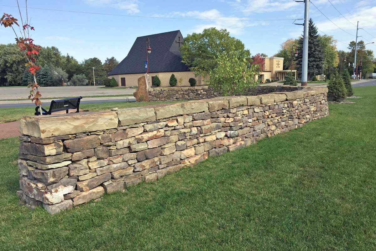 Lake Boulevard drylaid limestone wall
